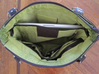 travel bag with laptop